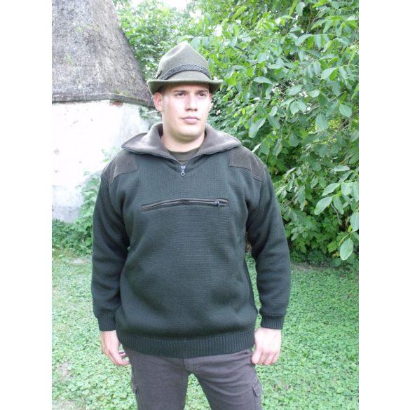 Gefütterter Pullover mit Brusttasche
